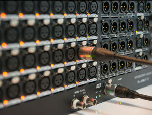 Picture of STAGEGRID 4000